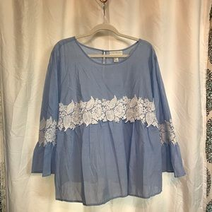NWT Bell Sleeve Forever 21+ Top